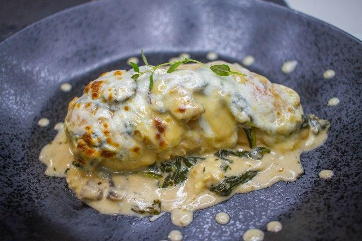 Creamy Parmesan MushroomChicken